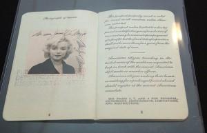 Marilyn-Monroe-003