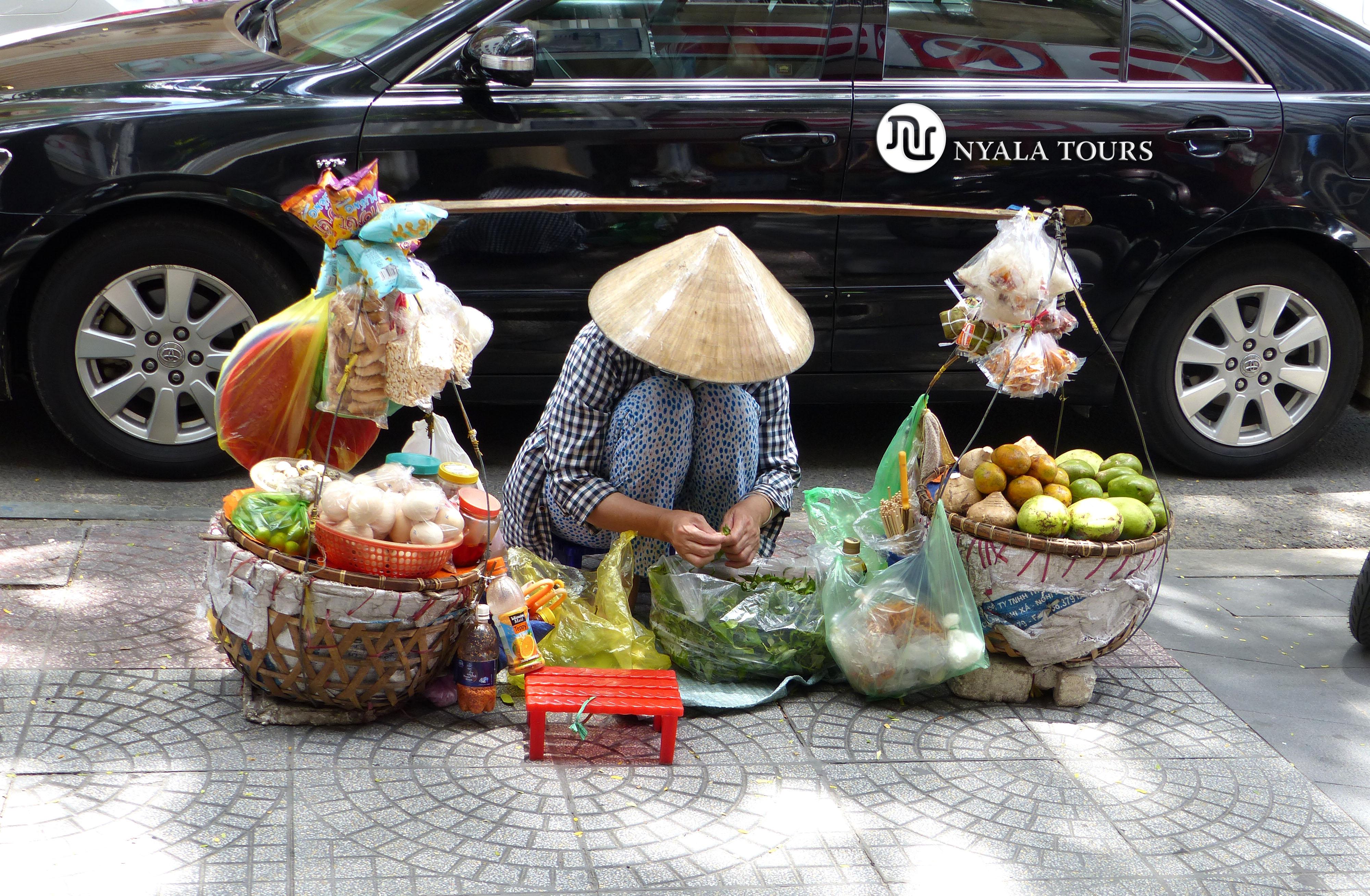 STREET VENDER HO CHI MINH