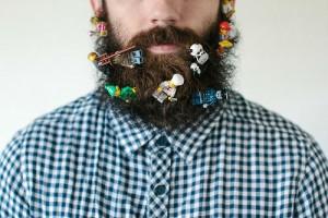guy-sticks-stuff-in-beard-4