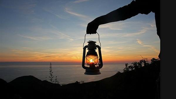 perspection-lantern-sunset