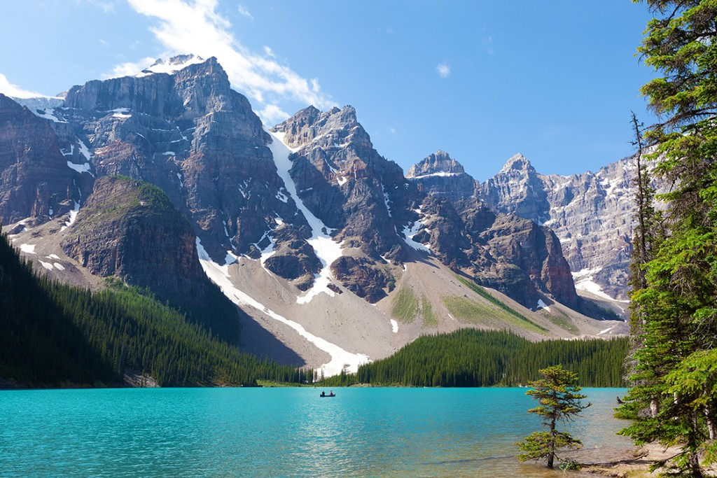 stunning moraine lake at banff national park, alberta, canada
