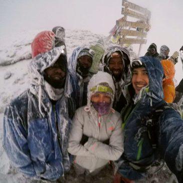 Viaje de Novios subida al Kilimanjaro, safari en Tanzania y playas de Zanzíbar